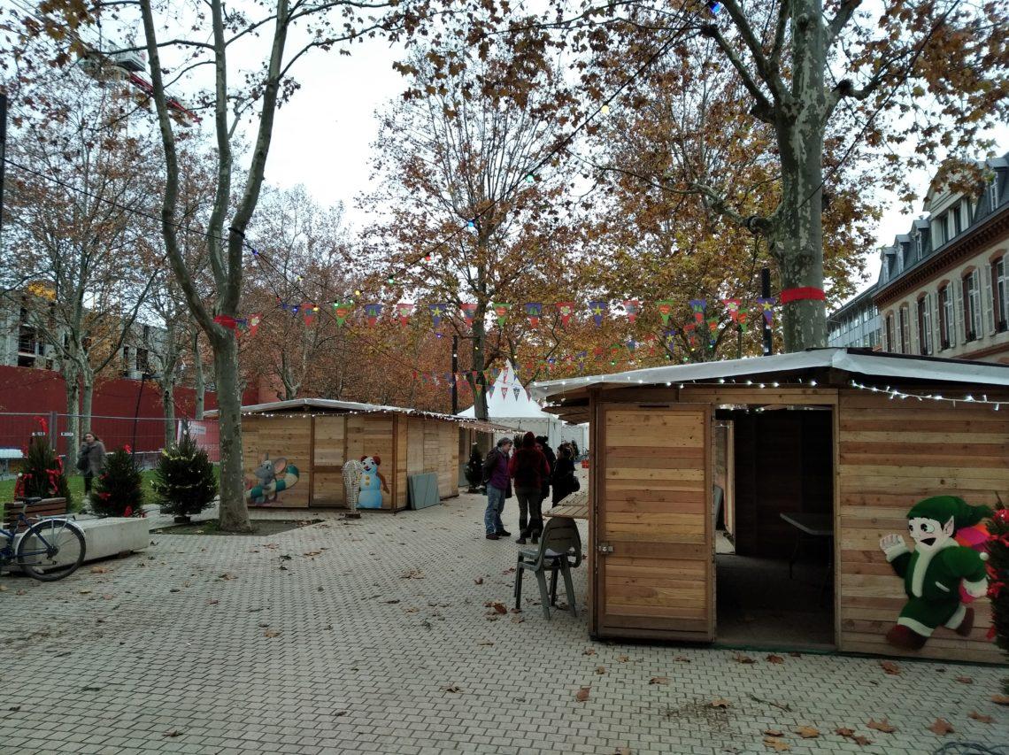 Toilette sèche au marché de Noël à Toulouse